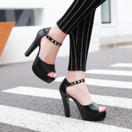 Promotion chaussures habillées pour les femmes prix Prix de l'usine de vente au détail libre de gros prix de l'usine du nouveau style peep toes talon de chunkyt chaussures sexy de talon haut de femmes de talon 194