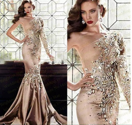 Sexy Beaded Crystals Gold Satin Mermaid Evening Dresses Abaya In Dubai Elegant One Shoulder Formal Party Gowns Muslim Long Sleeve Prom Dress