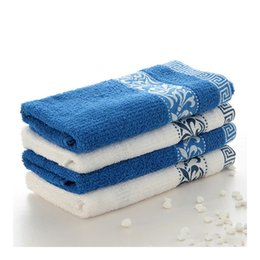 Wholesale 100 Cotton Towel Facial Towel Blue and White No Formaldehyde Standard PH Value Multicolor Porcelain Pattern Best Selling Good Quality