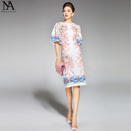 2018 New Arrival Women's O Neck Half Flare Sleeves Appliques Flowers Printed Straight Elegant Runway Dresses
