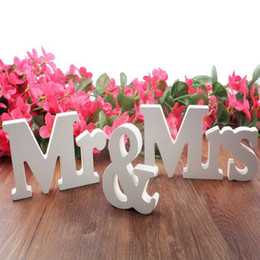 Wholesale Mr Mrs LOVE marry decorative letters party decoration mariage decor propose of marriage party decorations pure white letters wedding sign