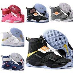 Wholesale 2016 Mens Basketball Shoes Trainers James Soldier Black Gold Athletic Sneakers Carbon Fiber X Men Soldiers s Sports Shoes Size