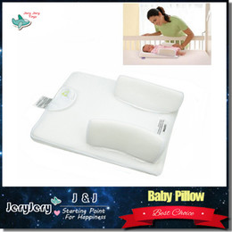 Wholesale Sozzy Baby Pillow Anti Roll Infant Sleep Positioner Months Newborn Sleeping Nursing Pillow Vent Sleep System Easy Wash