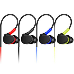 Wholesale Sport Earphone Deep Bass Professional HIFI Earphone Monitors Earbuds With Microphone for iphone huawei MP3 MP4 all phone
