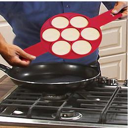 2017 new Flippin' Fantastic Nonstick Pancake Maker 7 Holes Egg Ring Maker Easy Silicone egg pancake mold Pancake rings