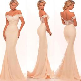 2017 New Bridesmaid Dresses Sexy Mermaid Off Shoulder Lace Appliques Zipper Back Sweep Train Long Maid of Honor Dress