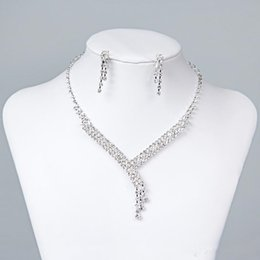 Cheap Bridal Jewelry Crystal Rhinestones Bride Prom Wedding Jewelry Sets 2017 Necklace Drop Earrings Bridal Accessories
