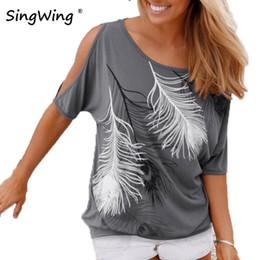 Tipos de pantalones cortos para las mujeres en Línea-Verano mujeres pluma impresa camisetas O-cuello sin tirantes camisas de hombro de manga corta T-shirt Tipo suelto