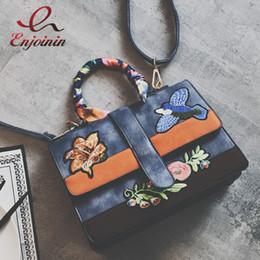 Wholesale Good quality fashion design embroidery flowers bird casual totes handbag ladies shoulder bag crossbody messenger bag purse