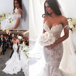 Gorgeous Arabic Lace Mermaid Wedding Dresses 2017 Off-shoulder Sweetheart detachable sleeve bridal dresses Backless Court Train Wedding Gown