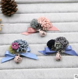 Wholesale Fashion plush leather flower buds manual creative pectoral flower brooches bouquet pin joker aristocratic wind is academic