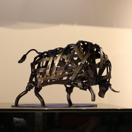 Wholesale TOOARTS Metal Sculpture Iron Braided Cattle Home Furnishing Articles Handmade Crafts Home Garden A001