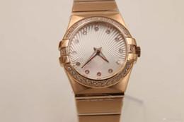 Wholesale Reloj automático de la marca de fábrica elegante para las mujeres Caso completo del oro de Rose Cinturón del diamante Dial blanco Esfuerzo de la cara Constellction Mecánico Reloj femenino