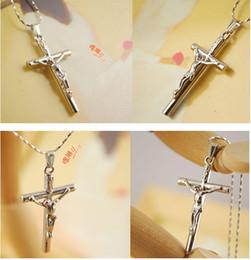 Wholesale Venta al por mayor NK611 Yiwu China Moda caliente vendiendo Nueva Cruz Cruz Collares Jesús para los accesorios de la joyería de las mujeres al por mayor