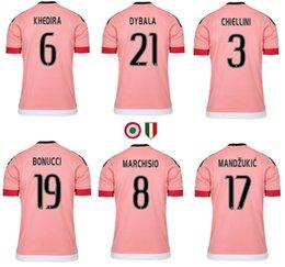 2017 camisetas de fútbol de color rosa 2015 2016 jerseys de fútbol rosa Italia club MARCHISIO DYBALA MORATA MANDZUKIC DANI ALVES HIGUAIN POGBA juv Camisetas de alta calidad camisetas de fútbol de color rosa en oferta