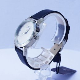 Wholesale 4 colors available quartz movement gift watches relogio casual dress women watch