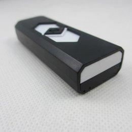 Usb de la caja de plástico en venta-Eco-friendly Retardant Plastic Arco Encendedores Con Display Box Cigarrillos Electrónicos Más Ligero Con La Batería Recargable USB LTR012