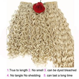 Ondulation ondulée à vendre-Forme de la mode Eau Wave Hair Extension synthétique Cheveux Weave Weft kinky Curly weave Bundles 3pcs / lot Natural Color Dyeable SF130