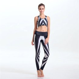 Wholesale Fashion zebra print Women shapers jogging suits for running yoga gym Sexy sports bras and sports pants womens tracksuits