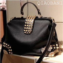 Promotion chain bag women s handbag Sacs à main femmes sac à main en cuir PU sac à main rivet sac messager messager