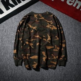 Wholesale 1 Kanye High Quality Brand Men Long Sleeve Camouflage T SHIRTS Hip Hop Skateboard Harajuku Tops Tees Cotton APE Long tShirt
