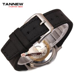 Grossiste - 20mm 21mm 22mm nouvelle bande de montre en nylon durable de haute qualité avec bracelet en nylon / cuir est (crampes) pilote pilot leather strap on sale à partir de bracelet en cuir pilote fournisseurs