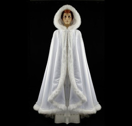 New 2017 Sexy Long Mint Green Winter Bridal Cape Fur Hooded Wedding Cloak Warm Wedding Bride Jacket Wraps Woman Winter Coat