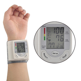 Wholesale Worldwide Arm Meter Pulse Wrist Blood Pressure Monitor Sphygmomanometer Prevent Hypertension Homeuse Portable Blood Pressur