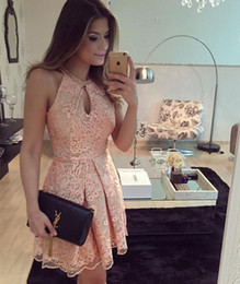Hot Lace Short Homecoming Prom Dresses A Line Arabic Elegant Keyhole Halter Neck Mini Evening Party Cocktail Gowns