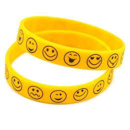 Wholesale Shipping 100PCS Lot Printed Smile Face Silicone Wristband, Perfect To Use In Any Benefits Gift