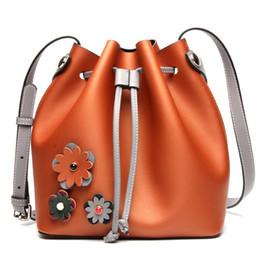 2017 boutiques de charme 2017 nNew Charme Mode élégant sacs à main en cuir Big sacs frappé couleur Bucket sac Loisirs sacs à provisions en cuir sacs à provisions boutiques de charme offres