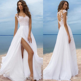 Boho Beach A Line Wedding Dresses Sheer Jewel Neck Wedding Gowns with Lace Appliqued Keyhole Back Long Chiffon Bridal Gowns for Summer