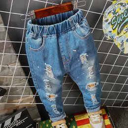 jungen l cher jeans online jungen jeans l cher hosen. Black Bedroom Furniture Sets. Home Design Ideas