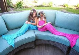 Wholesale Mermaid Tail Sofa Blanket Super Soft Warm Hand Crocheted Knitting Wool Sleeping Bag For Adult Children gift Fancy Dress Cosplay props