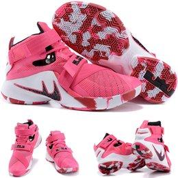 (Avec boîte de chaussures) NEW James LeBron Zoom Soldat 9 Kay Yow Breast Cancer Limited 810803-015 Chaussures Quai 54 Black Men taille 7-12 à partir de soldats lebron noir fournisseurs