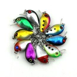 Cheap New 50pcs petit CRANKBAIT pêche à manivelle appelle appâts durs 3CM 1.5G 10 # crochets Japon attire profondeur de plongée: 0,1-0.2M pêche abordes à partir de pêche crankbait leurres petite fournisseurs