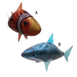 Wholesale NEW Flying Fish Remote Control Toys Air Swimmer Inflatable Plaything Clownfish Big Shark Toy Children Gifts B001