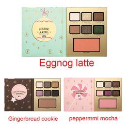 Wholesale in stock Factory Direct New Makeup waterproof Eyeshadow palette Gingerbread cookie peppermmi mocha eggnog latte eyeshadow types