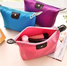 Wholesale 2016 nouveaux boulettes d arrivée en forme de bonbons couleur cosmétique sac femmes contenant des sacs de lavage sacs main main pour les filles