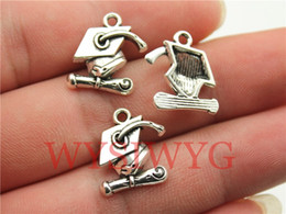 Wholesale WYSIWYG mm antique silver or Gold Graduation hat charms