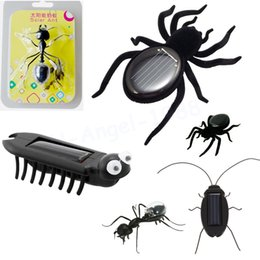 Wholesale Educational Solar Powered Spider Cockroach Grasshopper Ant Multi Foot Worm Toy Gadget Kids