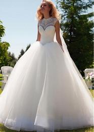 Promotion mariage strass robe de cristal 2016 Nouveau Glamorous Satin Tulle Perles Cristal Jewel Décolleté Robes de mariée robe de bal avec des strass Rhinestones Lace up
