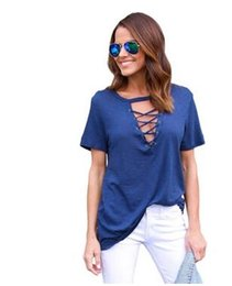 Tipos de pantalones cortos para las mujeres en venta-Tipo de camiseta pura simple del color del ocio de las mujeres camiseta blusa atractiva de la manga del cortocircuito de la correa del maíz del v-cuello