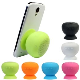 Wholesale Venta al por mayor Portable mini hongo Kickstand titular inalámbrico inalámbrico Bluetooth manos libres mini impermeable de silicona de succión altavoz