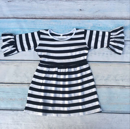 Hot sale baby girl black and white stripe ruffle dress 100%cotton dress for kids half sleeve dress in good quality