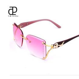 Descuento gafas de sol púrpura La venta al por mayor-FEIDU 2016 formó a diamantes del diamante del Rhinestone de la alta calidad formó a mujeres de las gafas de sol El diseñador de la marca de fábrica retra púrpura Rimless talló