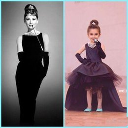 Wholesale Lovely Little Black Baby Flower Girl Dresses Audrey Hepburn Style Jewel Neck High Low Satin Tulle Kids Formal Wear First Communion Dresses