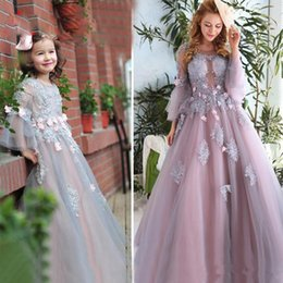 Véritable image à manches longues Fille Fille Robes pour les mariés Perles en perles Robe de bal Beads Lace Applique Girl Communion Dress Kids Prom Gown cheap pictures ball gown dresses for kids à partir de robes de robe photos de balle pour les enfants fournisseurs