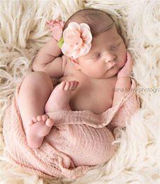 Nouveau bébé bandeaux élastiques Fleurs en mousseline de fleurs Enfants Filles Nylon Hairbands Enfants Accessoires cheveux Rose Bud Princess Headwear KHA160 à partir de nouveaux bourgeons floraux fournisseurs