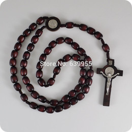 Wholesale NEW dark Brown wood Rosary Beads Saint Benedict Medal INRI JESUS Cross Pendant Necklace Catholic Fashion Religious jewelry